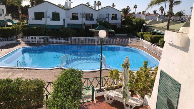 lumenartis-pool-roomview