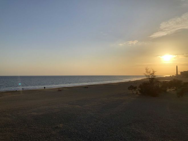lumenartis-playadelingles-sunset-january